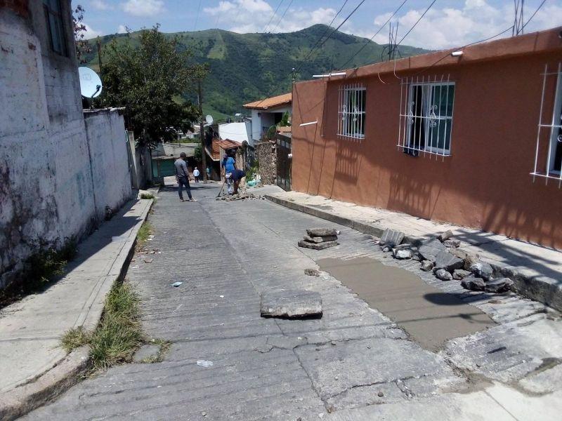 Trabajos de rehabilitación de las calles del municipio.