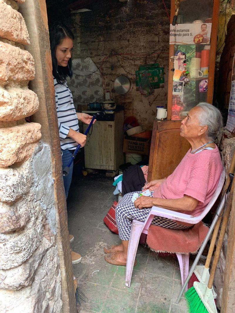 Continuamos visitando a nuestros adultos mayores